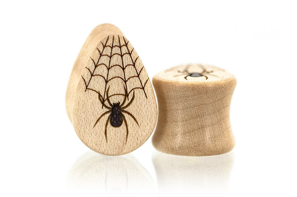 Maple Spider Teardrop Plugs