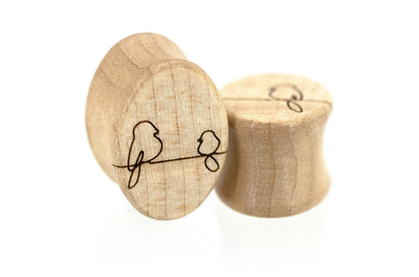 Birds On A Wire Oval Plugs - Curly Maple